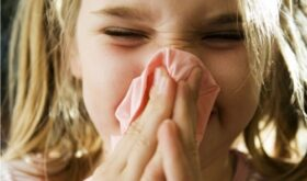 Врачи рассказали, чем опасна аллергия у детей