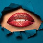 Любительницам пухлых губ на заметку! Как проверить доктора, прежде чем сделать инъекцию