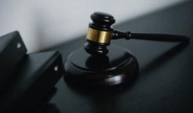 Нелепые законы, придуманные человечеством