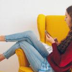 5 упражнений для здоровой осанки не вставая со стула