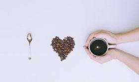 Кофе не сбивает ритм сердца у большинства людей