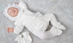Организация дня выписки мамы и младенца: подготовка одежды для обоих
