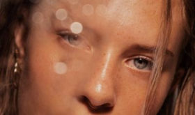 Влажный макияж — изучаем бьюти-технику этой осени
